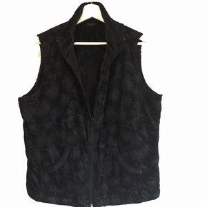 🖤 Reversible Columbia vest